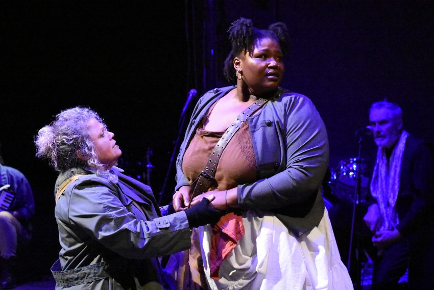 """Mother Courage"""" Trades Sympathy for Spectacle, at Ubuntu"""